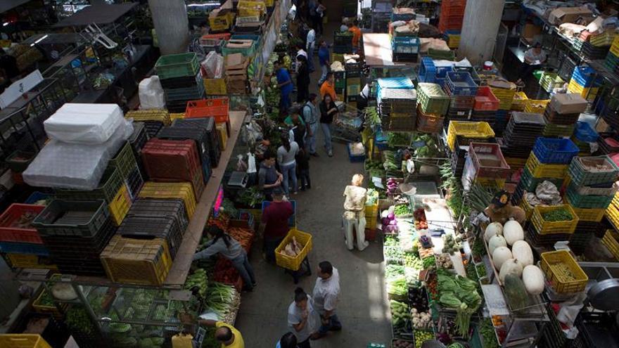 Inspección obliga a los comerciantes a bajar 30 % en los precios en el mercado venezolano