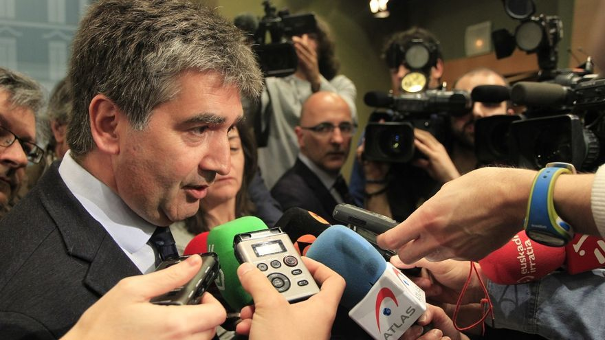 """Cosidó anuncia que también investigará la grabación de Villarejo y advierte que """"lleva fatal las filtraciones"""""""