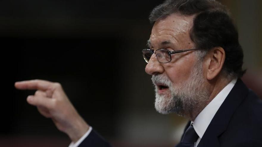 """Rajoy pide dejar a un lado la """"radicalización"""", que está """"de moda"""" en España"""