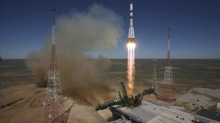 El carguero ruso Progress caerá mañana sobre la Tierra y arderá al alcanzar la atmósfera