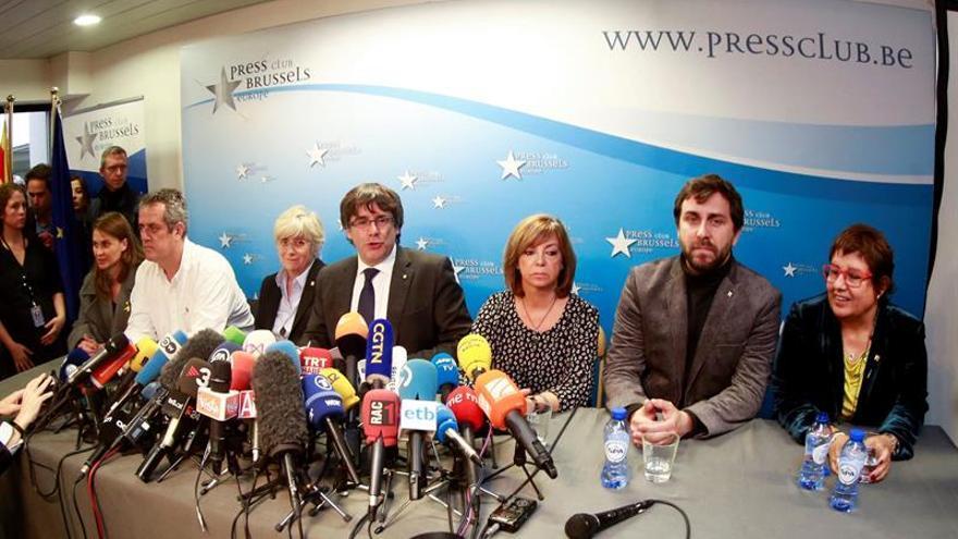 Puigdemont y sus exconsejeros serán detenidos para comparecer ante un juez belga