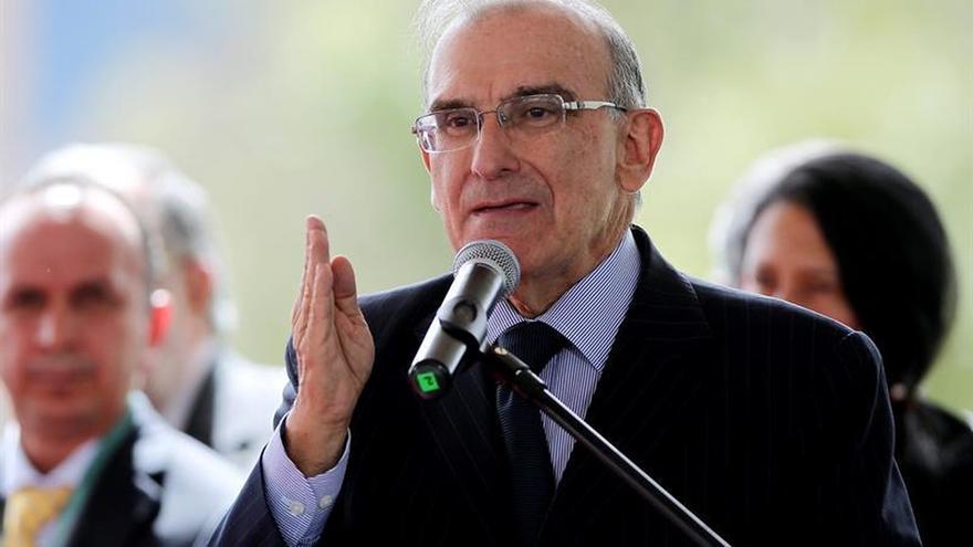 """Gobierno y el """"no"""" revisarán mañana """"matriz"""" para nuevo acuerdo con las FARC"""
