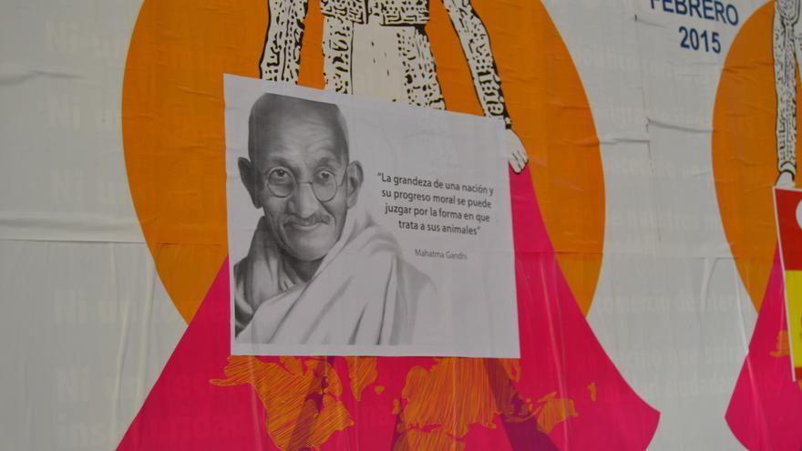 Cartel contra el festival taurino de Cospedal 2 / Foto: Javier Robla