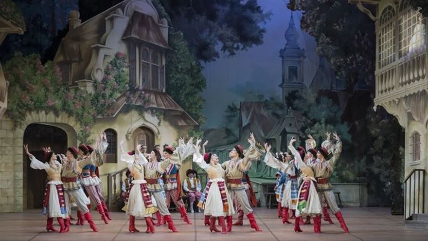 El ballet en dos actos 'Coppelia' llegará este sábado a la Sala Argenta del Palacio de Festivales.