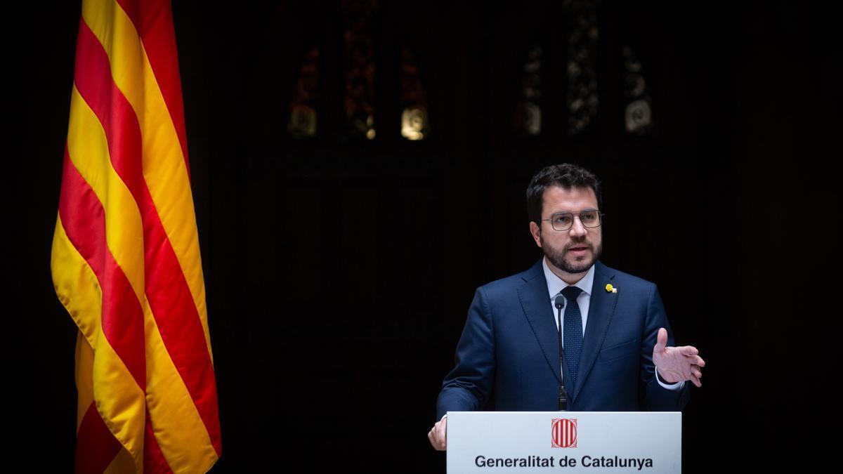 El presidente de la Generalitat, Pere Aragonès, durante una reunión con los representantes del cuerpo consular acreditado en Barcelona en el Palau de la Generalitat