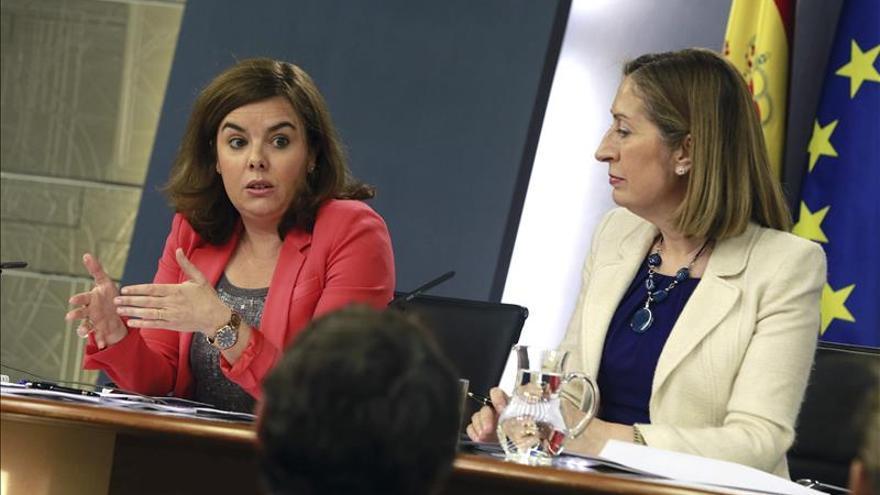 El Gobierno pide a Díaz asumir la responsabilidad del adelanto electoral