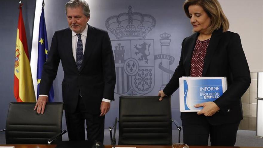 El Gobierno acuerda el relevo de Trillo a petición propia como embajador en Londres