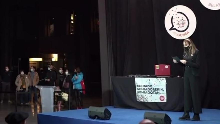 Euskaldunek agur esan diote Euskaraldiari musikaz eta kulturaz beteriko ekitaldi batekin