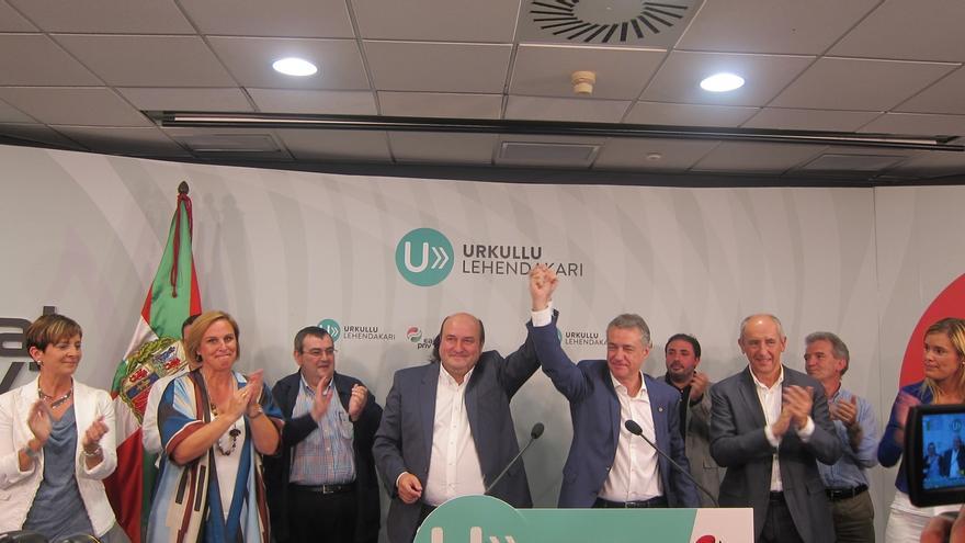 """Urkullu hablará con todos para llegar a acuerdos que den """"estabilidad y fortaleza"""" al Gobierno vasco"""
