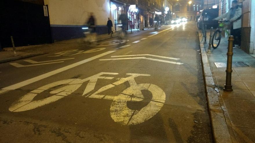 Vista de la calle Reyes, ya con el doble sentido | SOMOS MALASAÑA