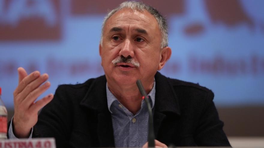 """Álvarez (UGT) cree que """"hay posibilidades"""" de acuerdo con la patronal sobre negociación colectiva"""