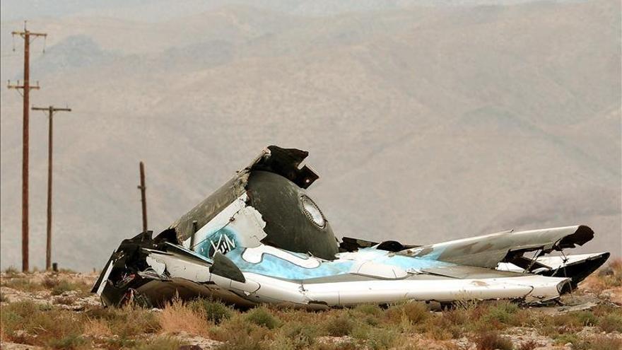 Virgin Galactic investigará fallos que causaron accidente de su nave espacial