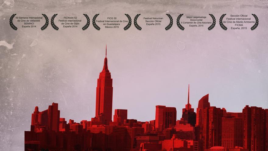 Cartel del documental 'La extraña elección', dirigido por Carmen Comadrán.