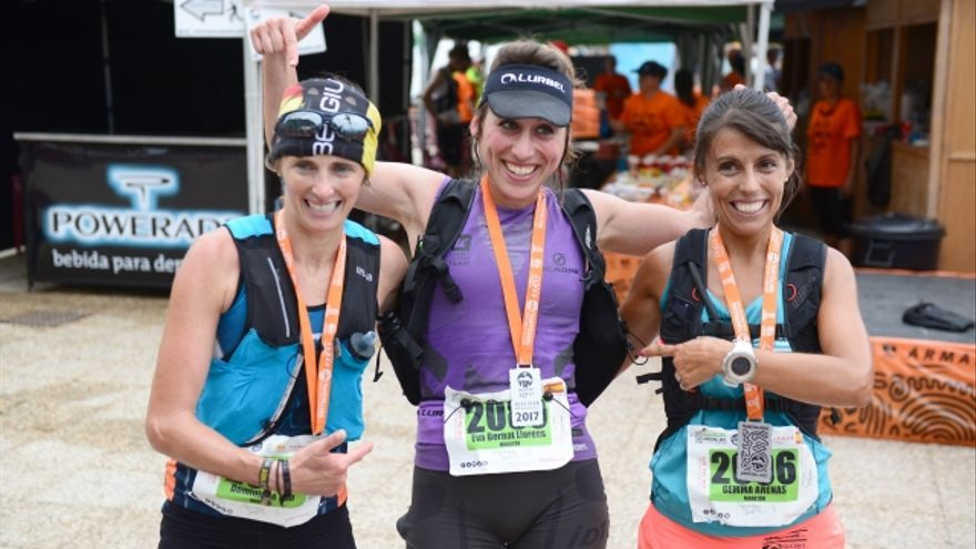 Podio femenino de la Maratón de la Transvulcania.