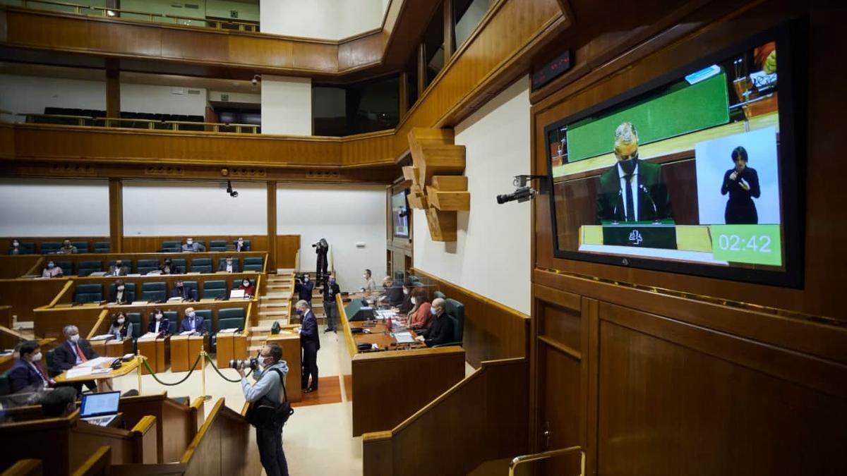 El lehendakari, Iñigo Urkullu, este viernes en el Parlamento Vasco