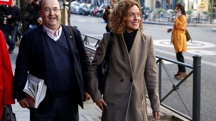 Batet defiende reforma federal y F.Díaz le reprocha falta de consenso en PSOE