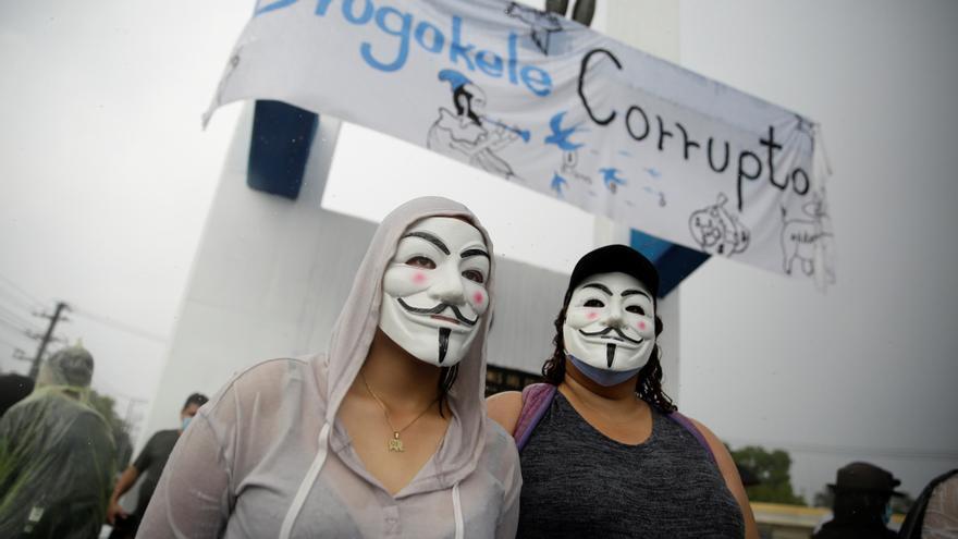 Bachelet ve alarmante la tendencia a la concentración de poderes en El Salvador