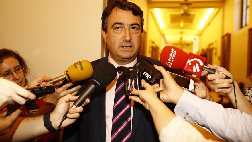 """El PNV resalta que el TC sólo ha suspendido un """"acto declarativo"""" y no espera novedades en Cataluña antes del 20D"""