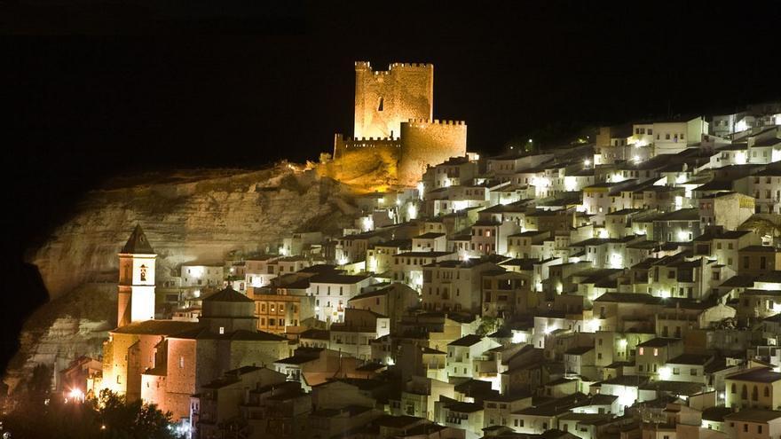 Cinco destinos con encanto para olvidarse del mundo este verano en la magia de la Castilla-La Mancha rural