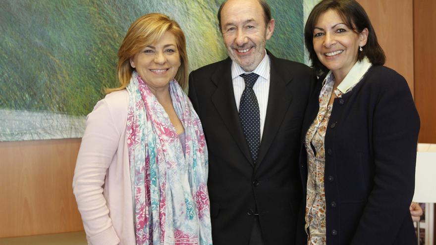 Rubalcaba y Valenciano se reúnen en Ferraz con la candidata socialista a la Alcaldía de París