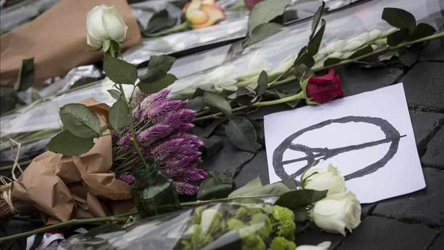 Berlín informa de la muerte de un alemán en los atentados de París