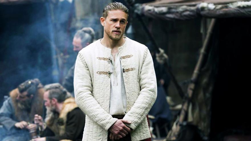 Imagen de la película 'Rey Arturo: La leyenda de Excálibur'