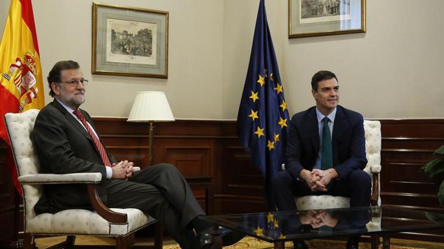 Rajoy cierra con Sánchez su ronda de contactos con vistas a la investidura