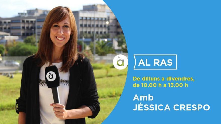 La periodista Jèssica Crespo, conductora del magacín 'Al ras' en À Punt Ràdio.