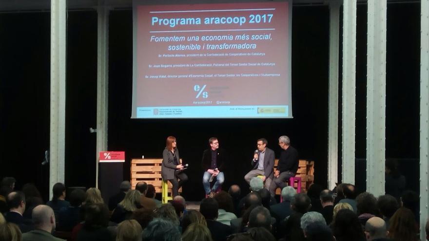 Presentación del programa Aracoop de fomento de la economía social, el miércoles en Barcelona.