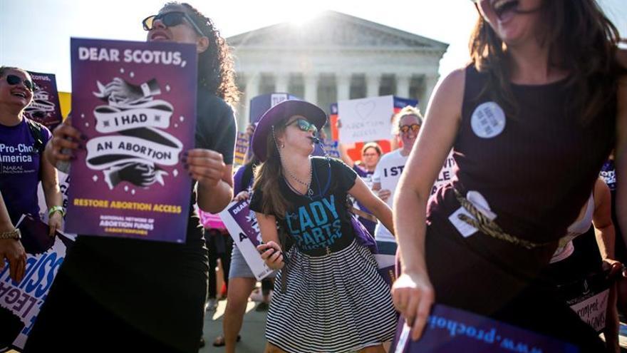 El Tribunal Supremo de EE.UU. fortalece el derecho de las mujeres a abortar