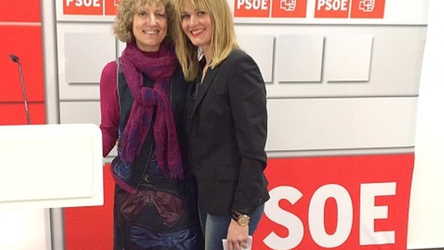 Verónica Samperio junto a la secretaria general del PSOE, Eva Díaz Tezanos.
