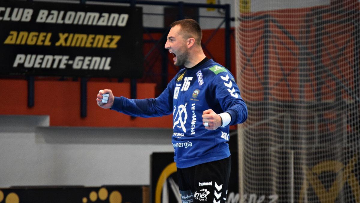 Adi Ahmetasevic, en un partido del Ángel Ximénez.