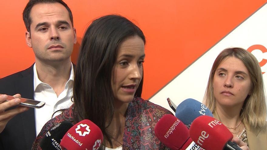 """Villacís niega que Cs esté detrás de filtraciones sobre estudios de Casado y acusa a PP de lanzar una """"cortina de humo"""""""