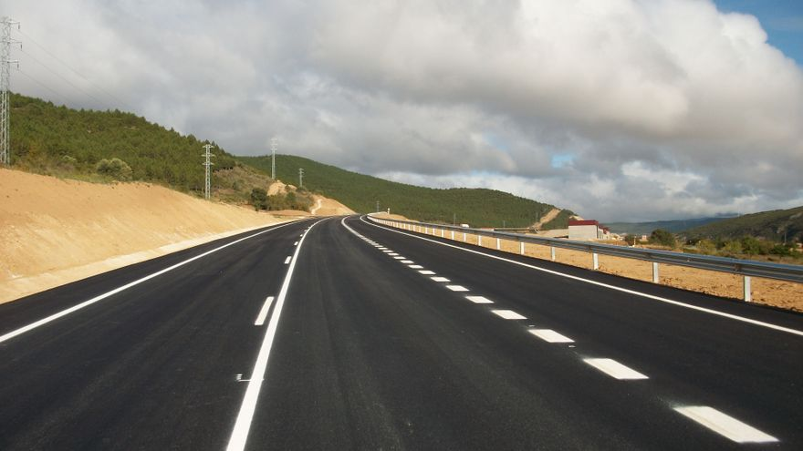 Fomento lanzará un nuevo modelo de conservación de carreteras para reducir un 27% esta partida