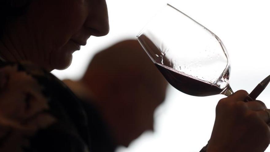 """Jancis Robinson: """"El problema del vino en España son los jóvenes"""""""