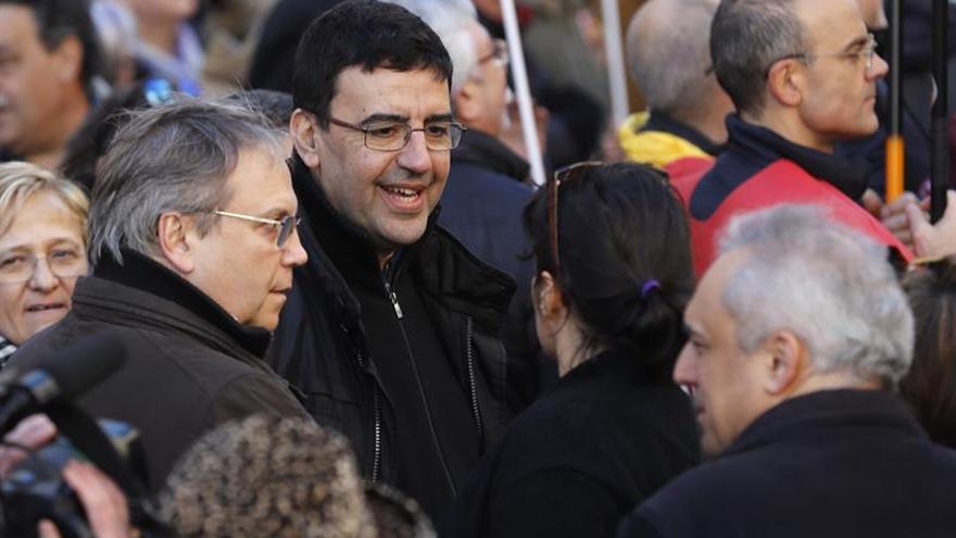 El PSOE estudia apoyar al PNV para revertir la reforma del Constitucional