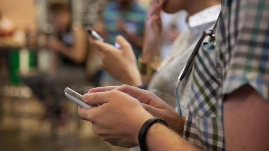 Aplicaciones como Whatsapp y Facebook Messenger utilizan alguna adaptación del XMPP