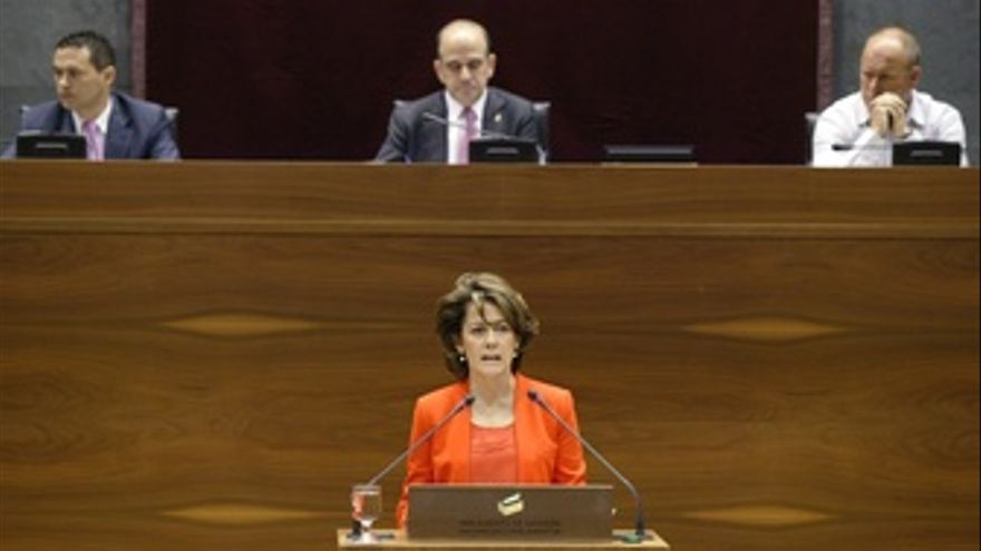 Yolanda Barcina, En El Pleno De Investidura