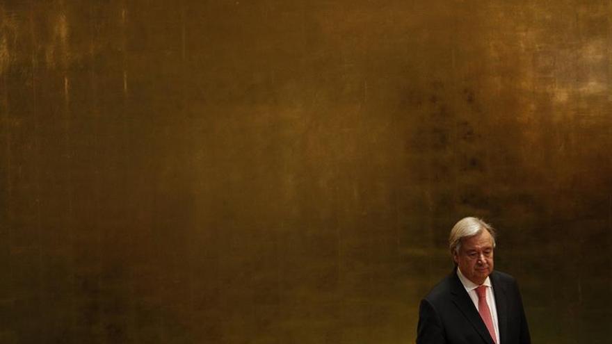 """Guterres critica las """"puertas cerradas"""" y la """"hostilidad"""" contra los refugiados"""