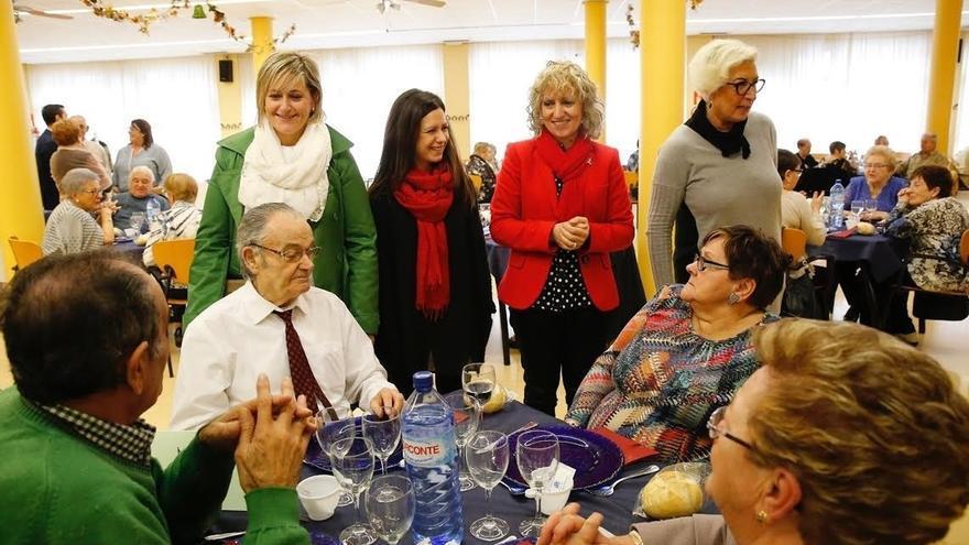 """Tezanos asegura que la política social y las personas mayores son """"una prioridad"""" para el Gobierno"""