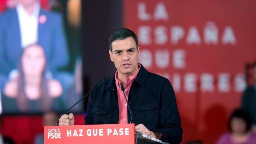 """Sánchez pide el voto a los que dudan ante un """"mar de siglas"""""""