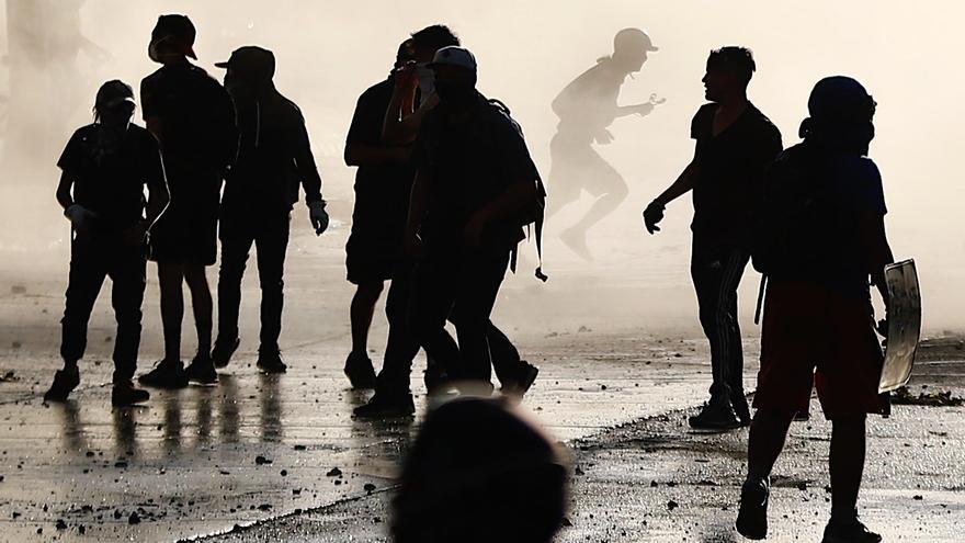 Disturbios en Chile ante intento del Gobierno de frenar el retiro de pensiones