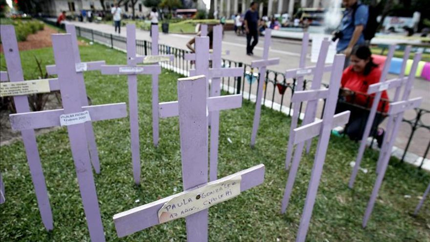 Feminicidios en Argentina crecen 8 por ciento en primeros nueve meses del año