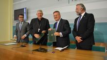La Diputación regala 7.400 euros para reponer objetos de culto de una iglesia