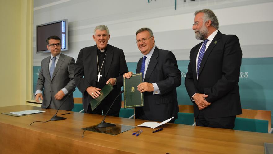 Arturo García-Tizón, presidente de la Diputación de Toledo, con el Arzobispo Primado de España, Braulio Rodríguez
