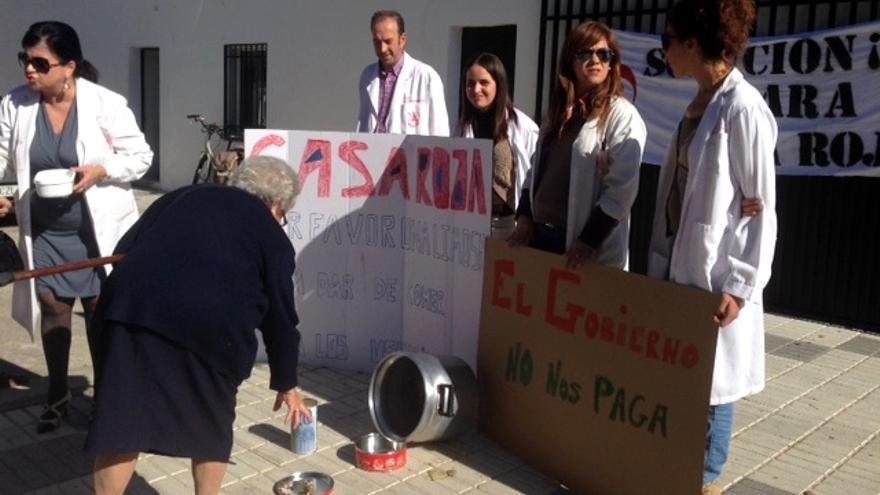 Trabajadores de la Comunidad Terapéutica Casa Roja piden ayuda a los vecinos del pueblo