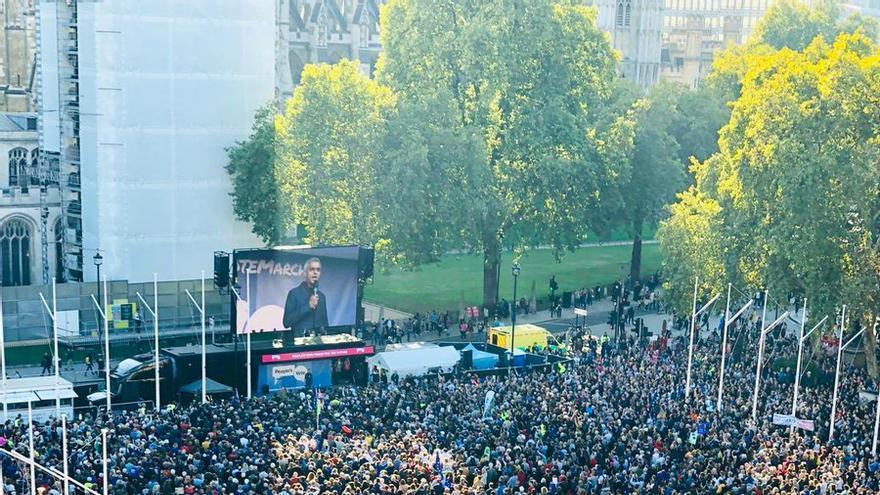El alcalde de Londres da un discurso en una gran marcha para exigir un nuevo referéndum sobre el Brexit