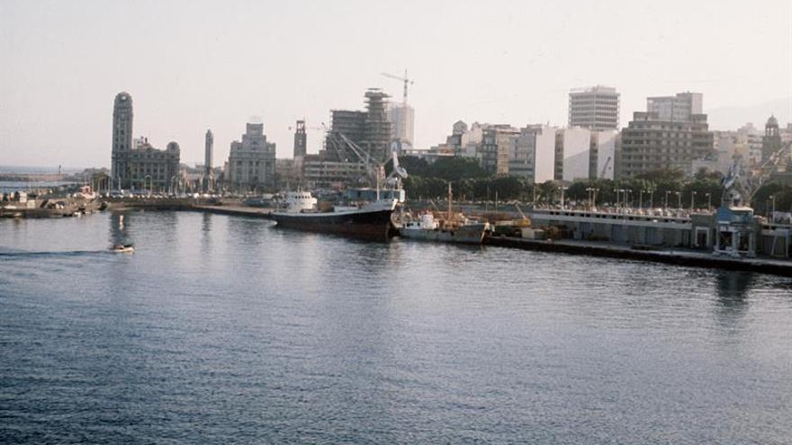 Una empresa de amarres del puerto de Ceuta avisa que paralizará la actividad en una semana