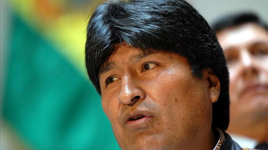 Evo Morales se solidariza con las familias de los estudiantes mexicanos de Ayotzinapa