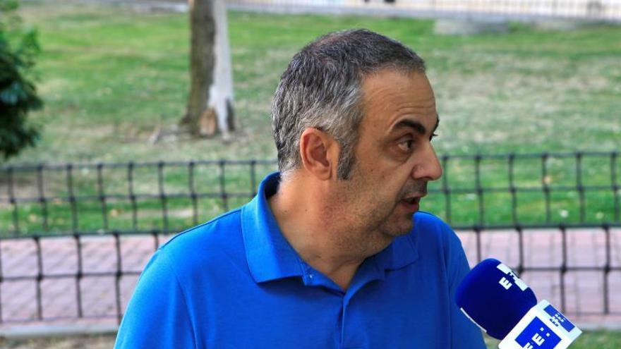 El presidente Asociación para la Memoria Histórica rechaza pagar la tumba de Franco con dinero público